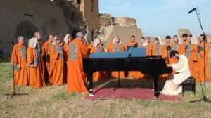 Անիի ավերակներում հնչել են հայկական շարականներ