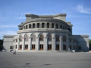 Alexander Spendiaryan adlı Opera ve Bale Akademik Tiyatrosu